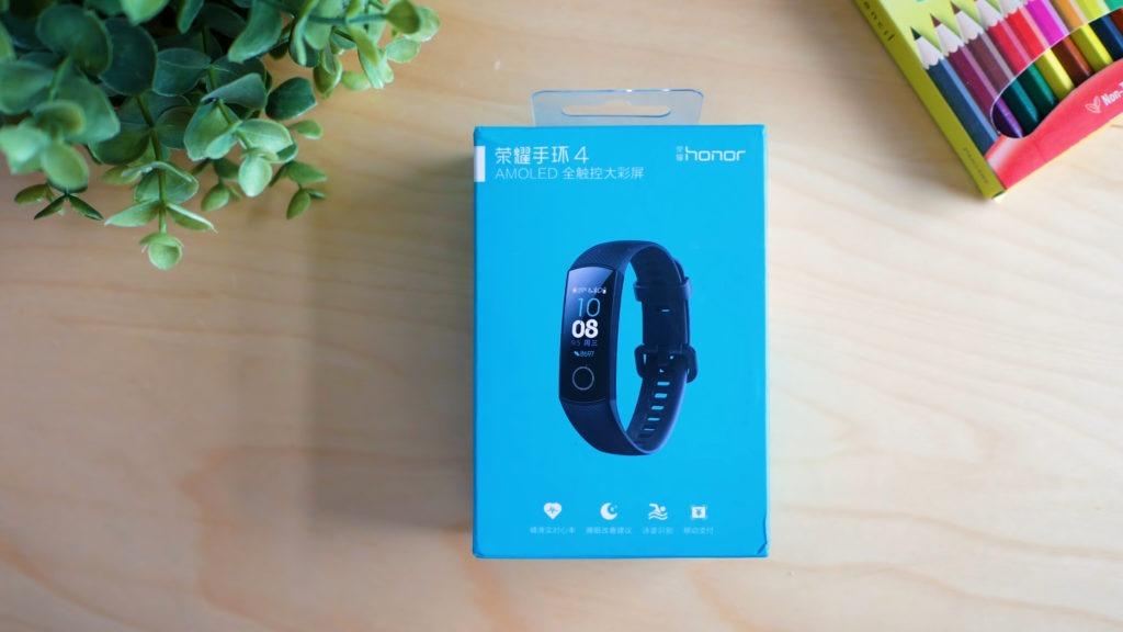 Старт продаж Mi Smart Band 4 от Xiaomi