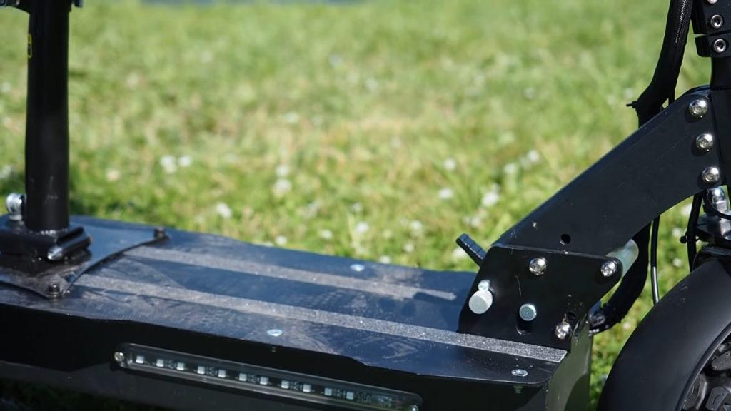 Обзор электросамоката Alligator Electric Scooter: бескомпромиссная мощь