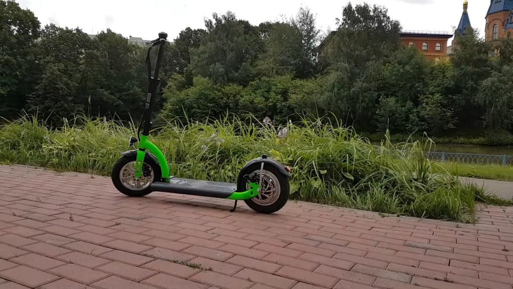Обзор Kugoo ES3: с большими колесами для взрослых