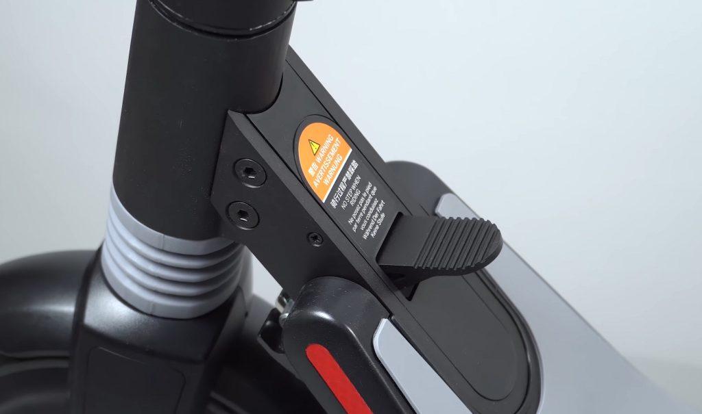Электросамокат Ninebot Kickscooter ES1: база для новичка
